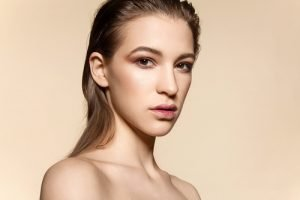 Strand Make-up