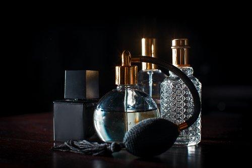 Edle Parfums Luxus D 252 Fte Abseits Der Masse