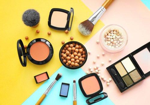Kosmetika haben je nach Produkt eine unterschiedlich lange Haltbarkeit