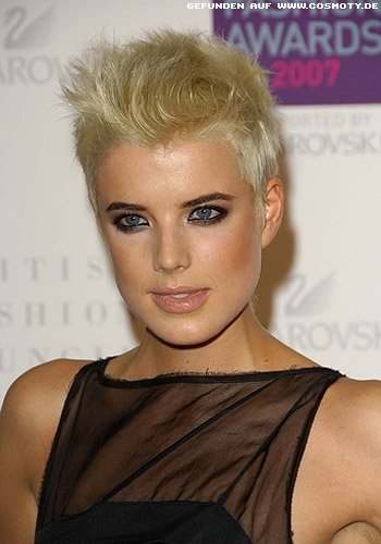 Agyness Deyn: Blonder Pixie mit strubbeligem Styling