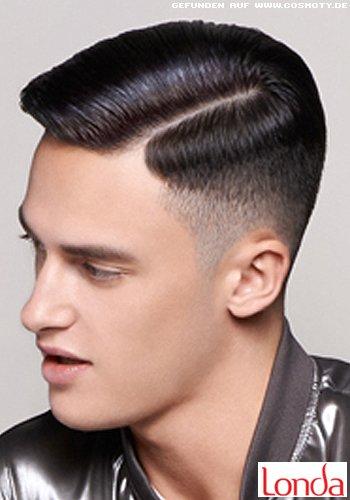 Frisuren Bilder Akkurater Kurzhaarschnitt Mit Strengem