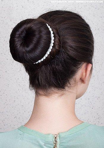 Ballerina-Knoten mit elegantem Perlenband
