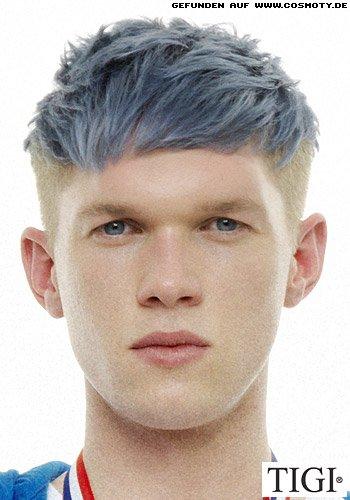 Blaues Deckhaar zu kurzen, blonden Seitenpartien
