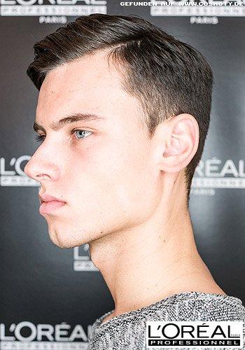 Braver Look für kurzes Haar mit tiefem Seitenscheitel