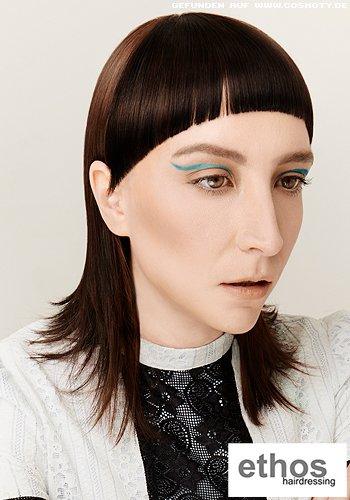 Burschikoser VoKuHiLa-Haarschnitt im Sleek-Look