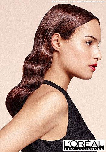 Eleganter Wellen-Look für langes Haar