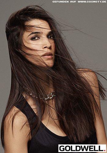 Feines, superglattes Haar mit sanften Stufen