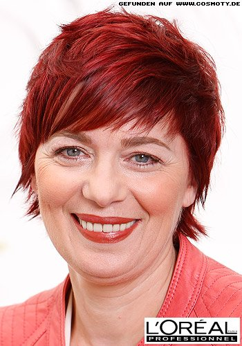 Frisuren Bilder Frecher Gefranster Pixie In Sattem Rot