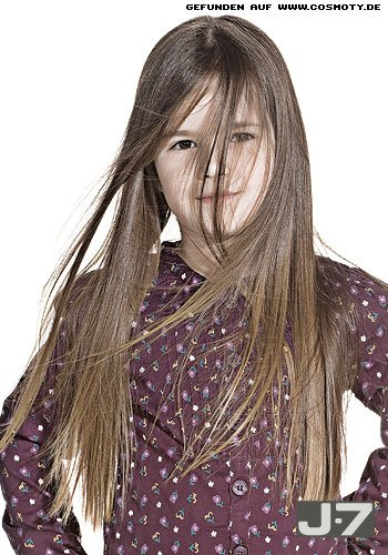Ganz natürlich fallendes, langes Haar