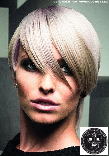Frisuren Bilder Glatter Kurzhaarschnitt Mit Schrägem überlangen