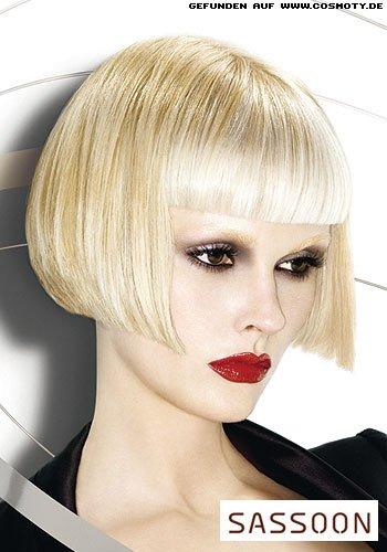Grafischer Bob in funkelnden Blond-Tönen