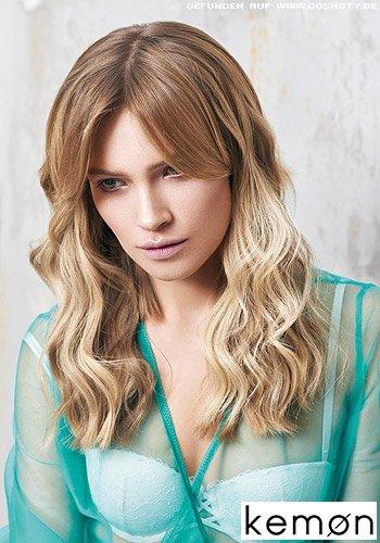 Große Wellen mit Ombré-Farbverlauf in Blond