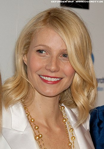 frisuren bilder gwyneth paltrow leichte wellen im schulterlangen haar frisuren haare. Black Bedroom Furniture Sets. Home Design Ideas