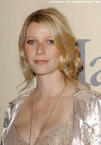 Gwyneth Paltrow mit gerollt festgesteckten Locken