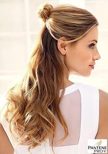 Frisuren Bilder Half Up Bun Frisuren Haare