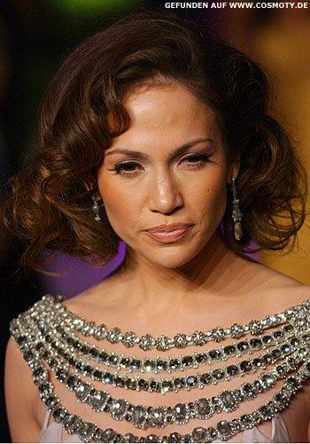 Jennifer Lopez mit Glamour-Locken-Bob