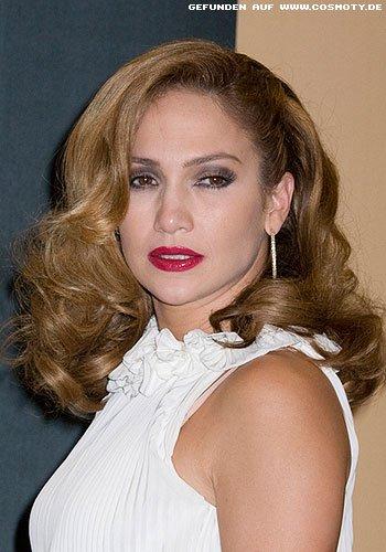 Jennifer Lopez mit glamourös gewellter Pracht