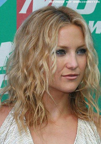Frisuren Bilder Kate Hudson Mit Gezogenen Locken Frisuren Haare