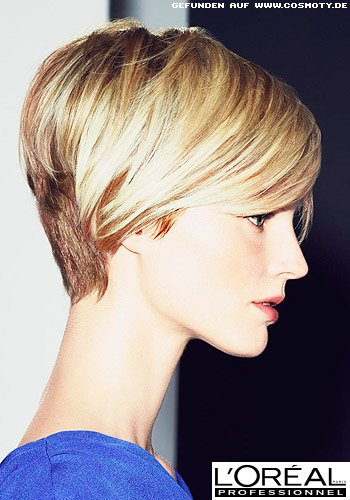Langer Pixie Cut in zwei Blond-Tönen