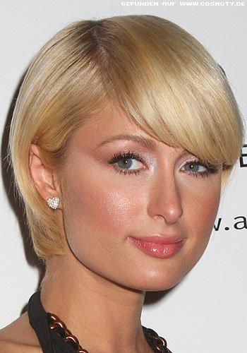 Paris Hilton mit Stufenbob zum Seitenpony