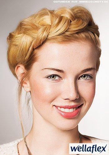 Frisuren Bilder Romantisch Geflochtener Haarkranz Frisuren Haare