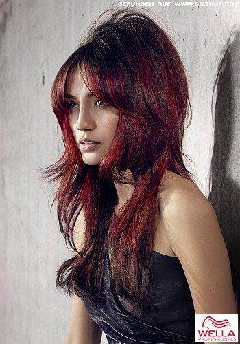 Frisuren Bilder Rote Strähnen Lassen Gestufte Längen Strahlen