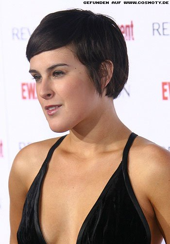 Rumer Willis mit glattem Short-Cut