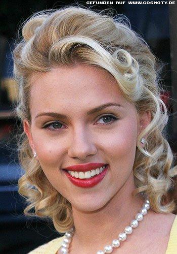 Frisuren Bilder Scarlett Johansson Lockige Fifties Frisur