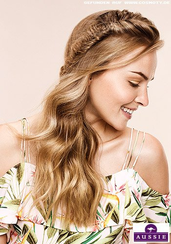 Seitlicher FishTail-Braid mit Beach Waves