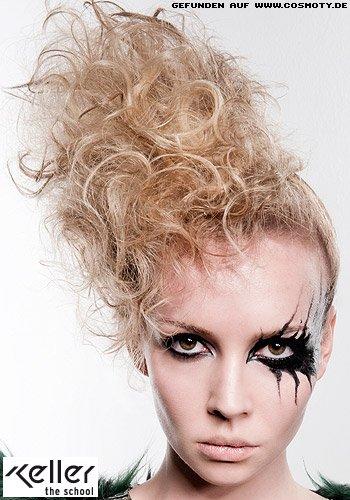 Frisuren Bilder Seitlich Locker Hochgesteckte Locken Frisuren Haare