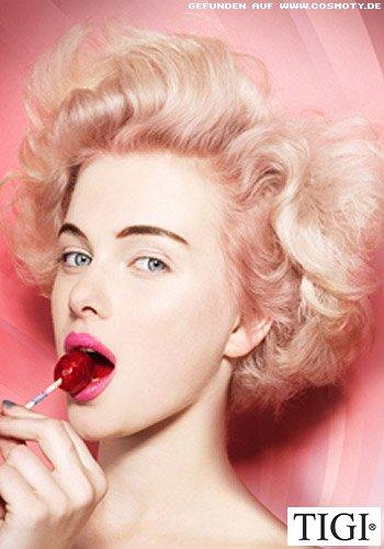 Sexy Wellen-Bob a la Marilyn Monroe