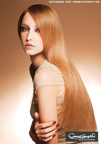 Sleek-Look betont extralanges Haar