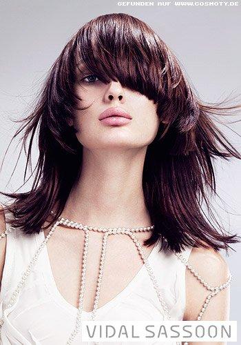 Frisuren Bilder Stufenschnitt Für Langes Haar Mit Asymetrischem