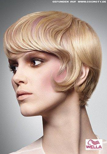 Frisuren Bilder Stufenschnitt Im Stil Der 60er Mit Interessanten