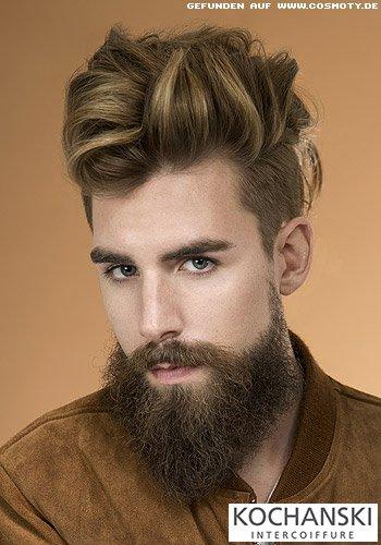 Undercut mit mittellangen Haaren zur Tolle gestylt
