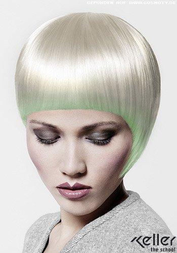 Weißblonder Short-Cut mit pastellgrünem Schimmer
