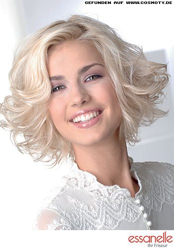 frisuren bilder zarter locken bob mit viel schwung frisuren haare. Black Bedroom Furniture Sets. Home Design Ideas
