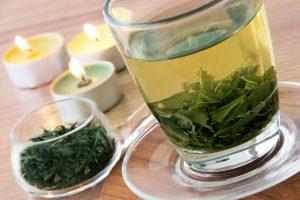 aufgebrühter grüner Tee
