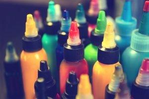 farbe für tätowierung