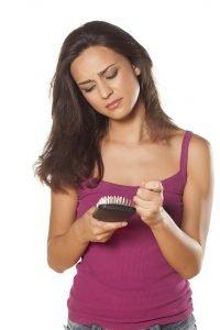 Nahrungsergaenzungsstoffe können der Gesundheit schaden und Haarausfall verursachen