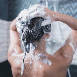 Fettige Haare Shampoo waschen