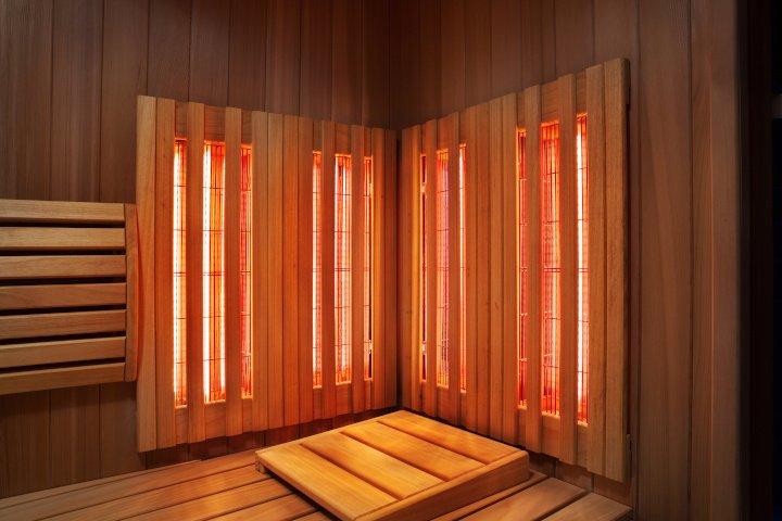 Gartenhaus-Sauna mit Infrarotlicht