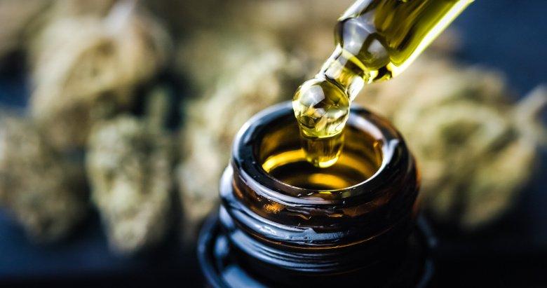 Gerade CBD-Öl sollten Sie nur von vertrauenswürdigen Herstellern kaufen und dabei stets auf die Herkunft achten.