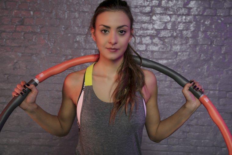 Smart Hula Hoop im Praxistest: Diese Erfahrungen haben wir mit dem Gymnastikreifen gemacht.